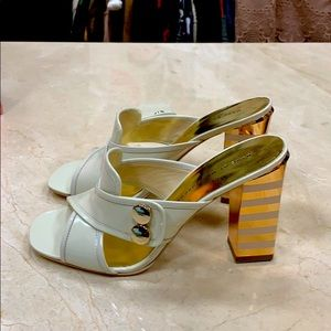 GORGEOUS MARC BY MARC JACOBS SLIDES